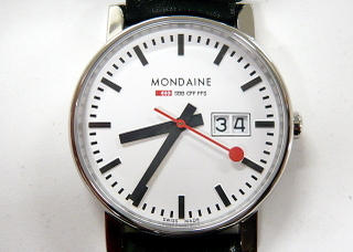 Mondaine_bigdate_1134